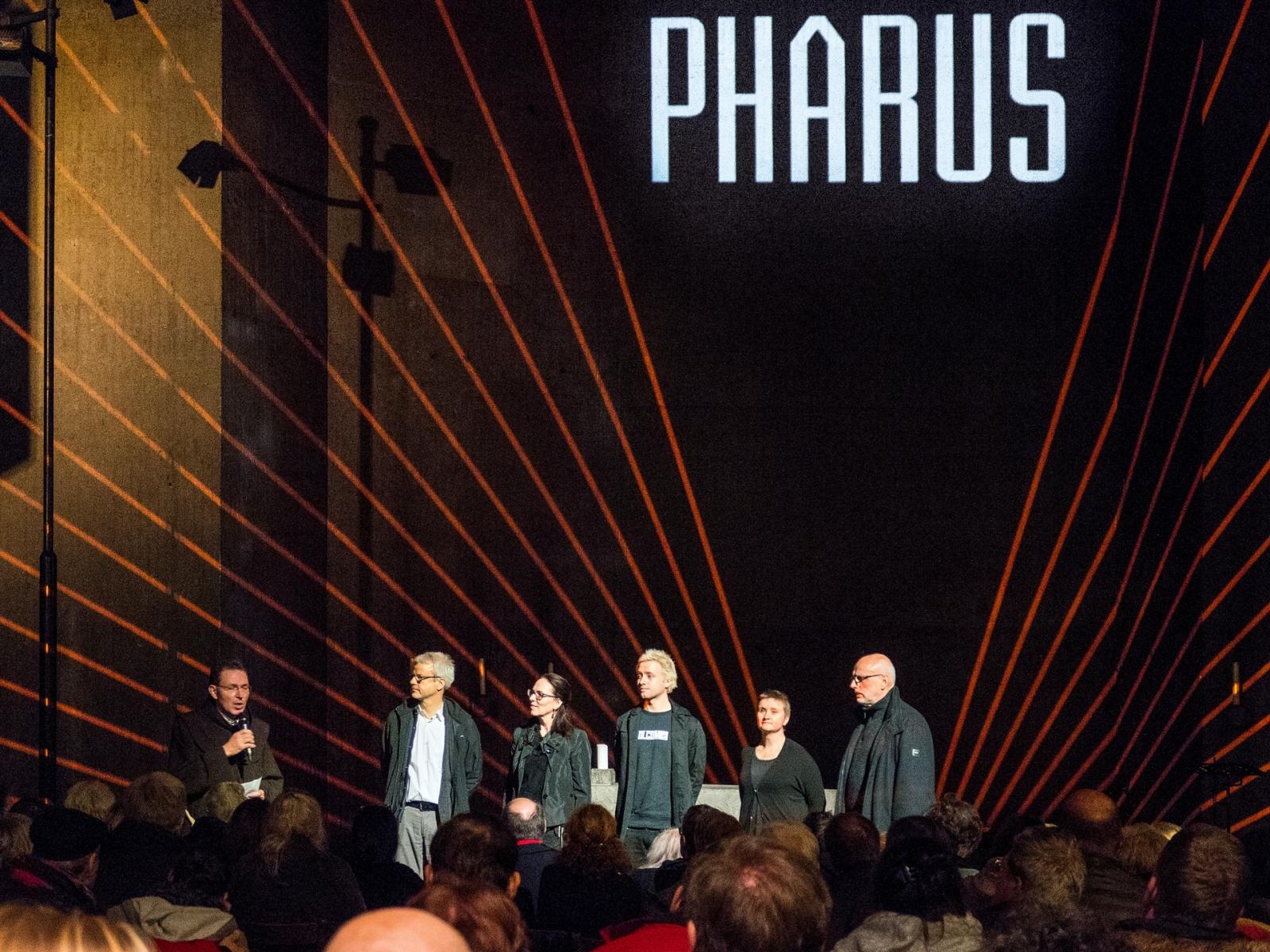 pharus-komlett_-22