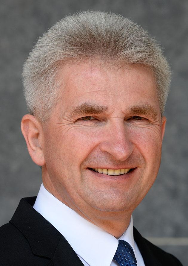 Porträt des NRW Wirtschaftsministers Prof. Dr. Andreas Pinkwart